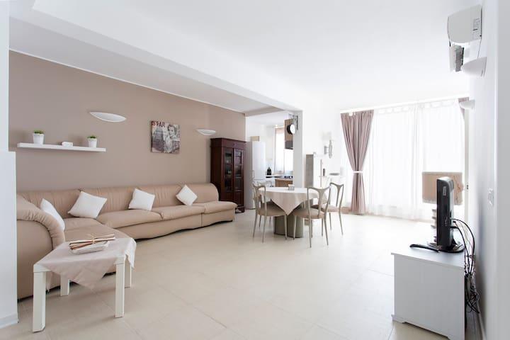 """DELIZIOSO BIVANI """"Nonno Nanni"""" - Palermo - Appartement"""