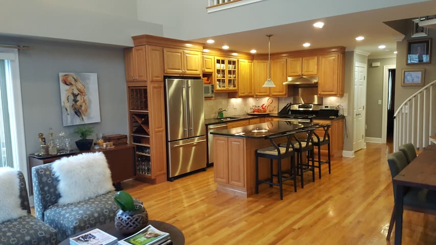 Gorgeous Large Modern Loft - Norwalk - Διαμέρισμα
