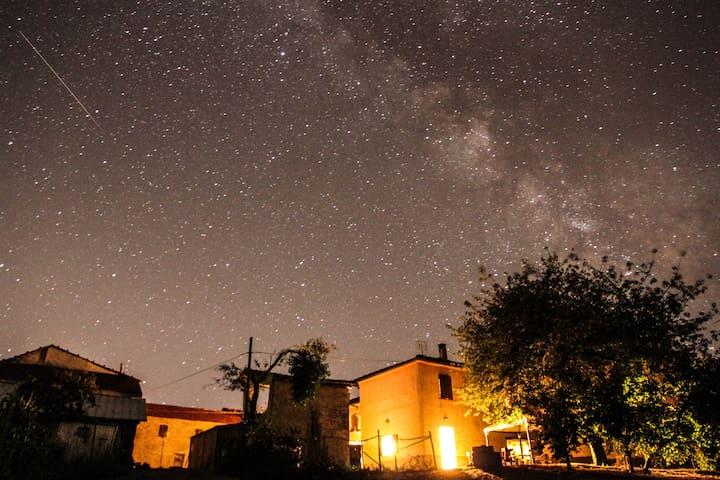 "Langhe - Piemonte - Cascina ""sotto le stelle"" - Camerana"