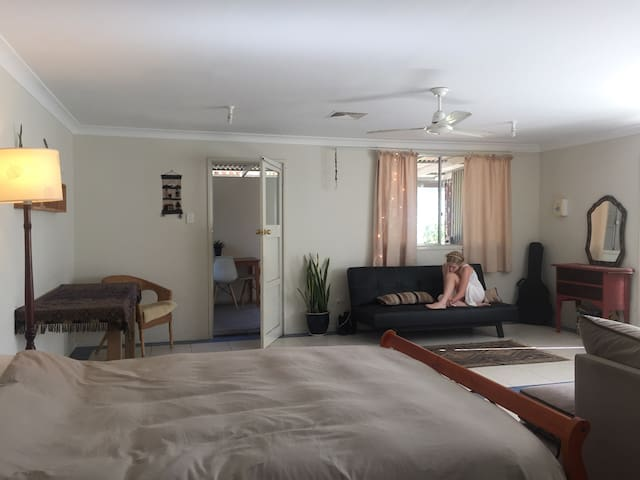 spacious studio central Bellingen - Bellingen