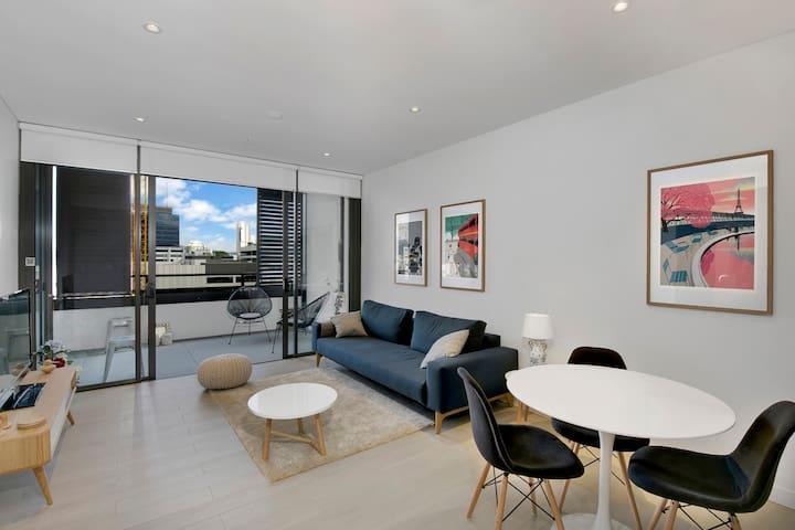 Stunning New Modern Apartment  Superb Location - Newstead - Leilighet