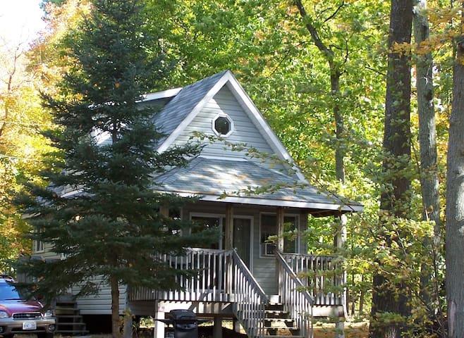 Georgian Bay Guest House #4 - Tiny - Houten huisje