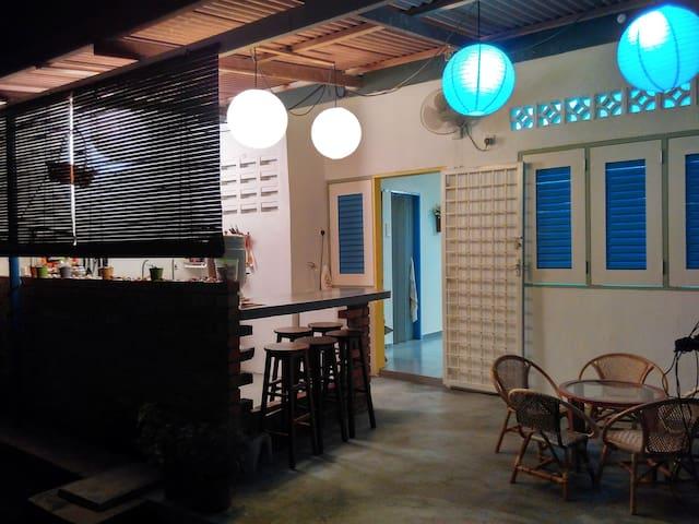 JJ's Homestay (Room #1) ...a Relaxing Hideout... - Melaka - Talo