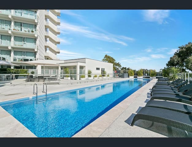 Bright and Airy 2br apartment, Walkerville - Walkerville - Daire