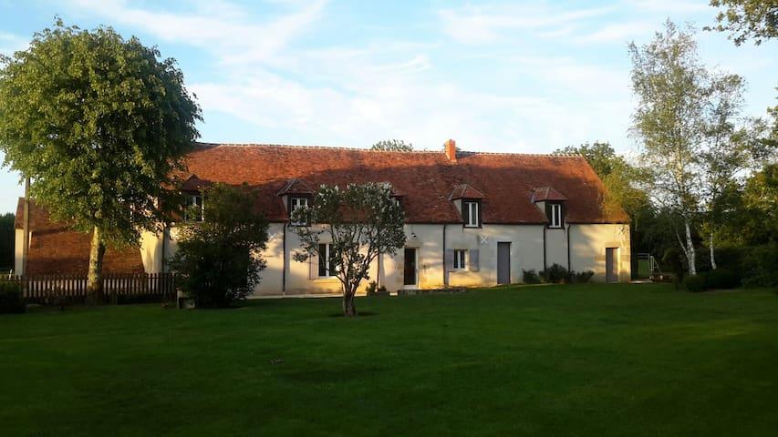Maison de campagne - Raveau - Hus