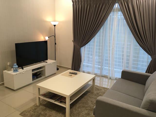 3room condo@ Alice Smith School - Seri Kembangan - Appartement