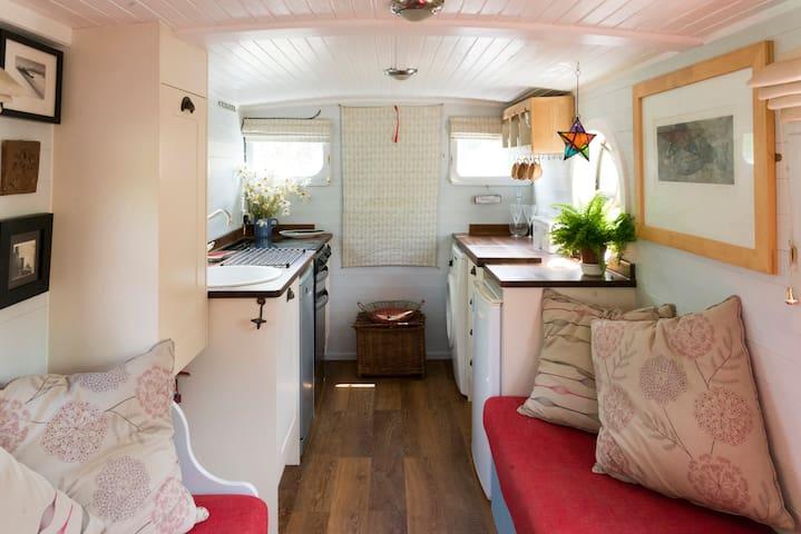 Charming Unique Houseboat near Stratford upon Avon - Warwickshire - Båt