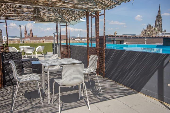 Vitra Design CityLoft 6 Room | Pool - Bazel - Loft