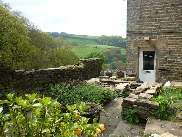 Holmfirth Cottage for 2-3 - Holmfirth - Ev