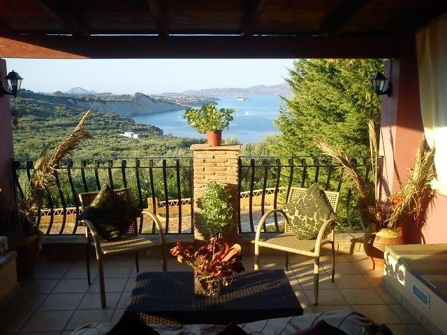 AtheneaVillas 1 Bedroom Villa Big Terrace Sea View - Limni Keriou - Casa