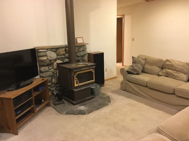 Cozy Mtn. Cabin by Ski areas & town - Truckee - Haus