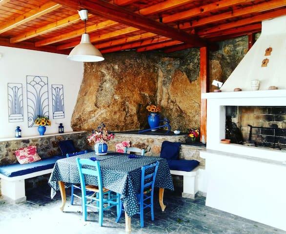 When tradition meets hospitality! - Platis Gialos - Casa