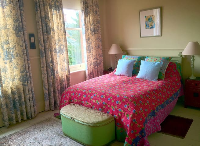 Stylish Bay Tree B&B - in the heart of Diss - Diss - Bed & Breakfast