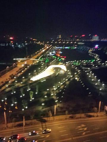 """如果你喜欢酒吧又""""奇葩的喜欢安逸的夜景"""" - 湘潭市"""