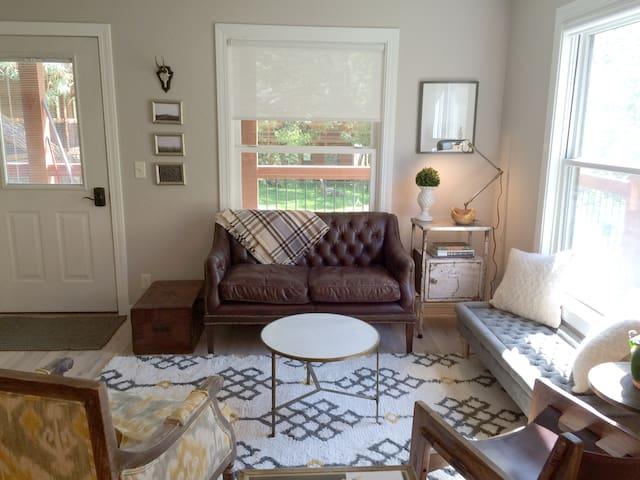 Luxury Living in Creekside Condo - Jackson