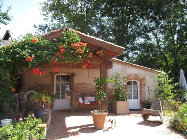 Petite maison de charme - Gragnague - Casa