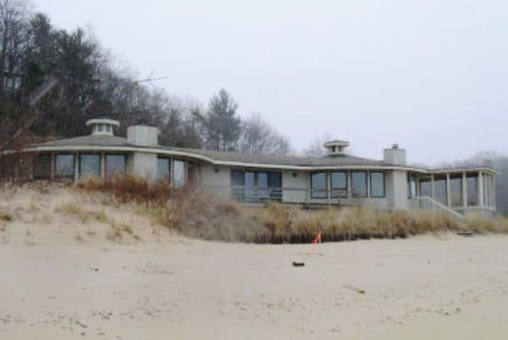 Big Lakefront Home near South Haven - Covert - Maison