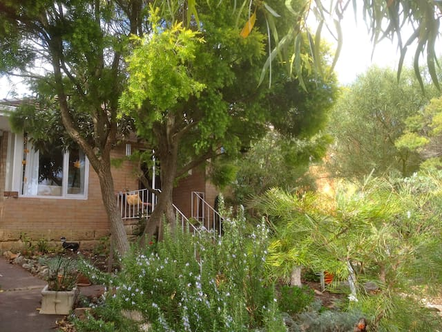 Beautiful, Cosy Double Bedroom near Fremantle - Coolbellup - Casa