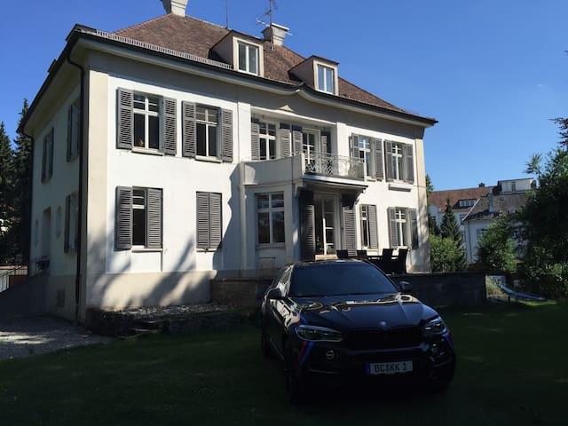 Charmante, neu renovierte Wohnung - Biberach an der Riß - Daire
