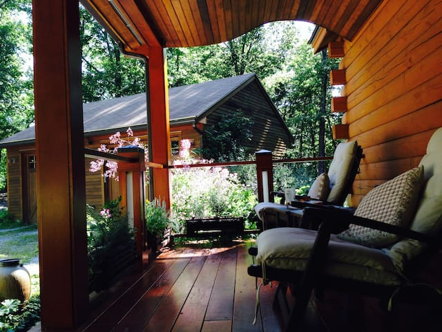 Suite in a Contemporary Log Cabin - Pepperell - Suíte de hóspedes