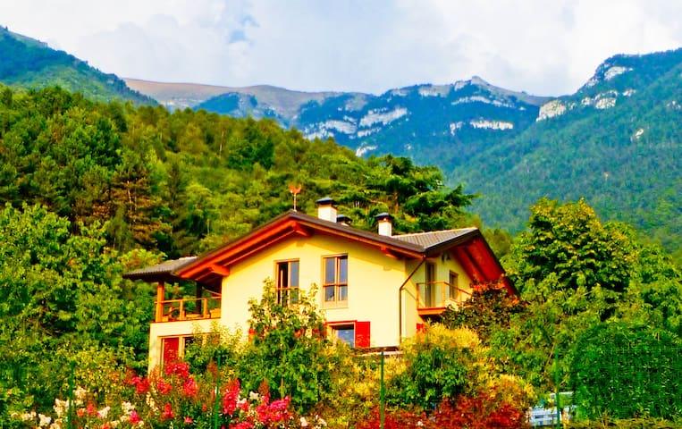 Dream villa, view on Dolomites - Vigo Cavedine - Villa