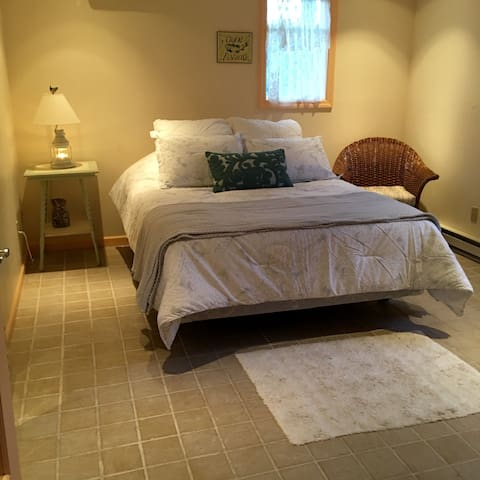 Studio with private entrance - Montauk