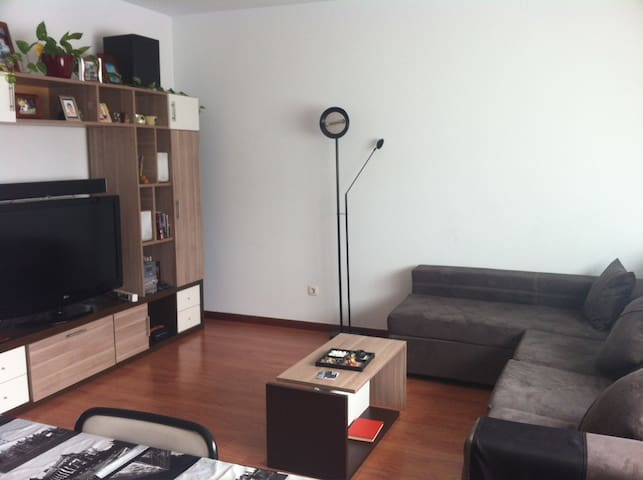 Habitación doble luminosa + WIFI - Vitoria-Gasteiz - Appartement