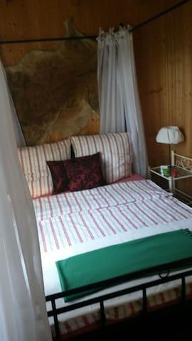 Kleine Jagdhütte am Wald, 2 Räume - Drage  - Houten huisje