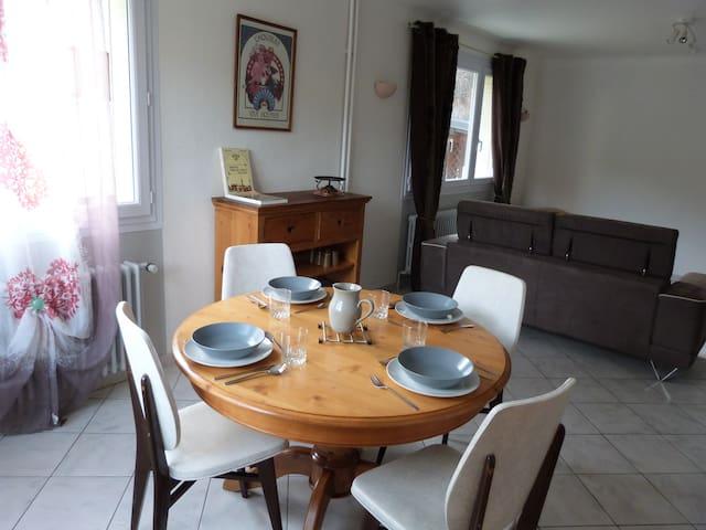 Joli appartement de 75m2 / proche stations de ski - Modane - Apartemen