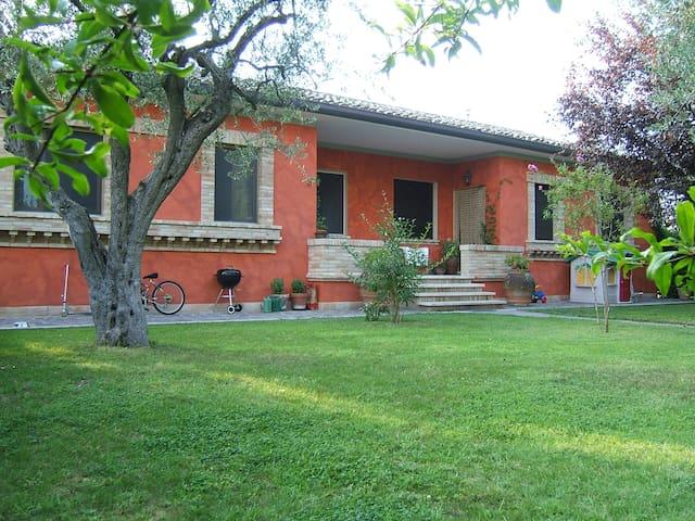Appartamento Villa S. Caterina - Mogliano - Leilighet