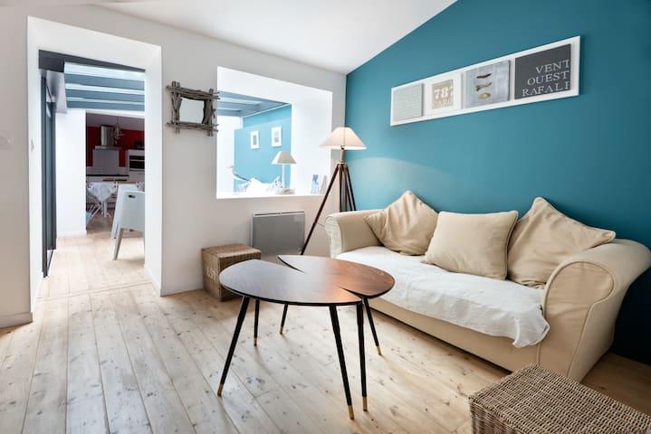 Charmante maison rénovée avec cour - Saint-Trojan les Bains - Talo