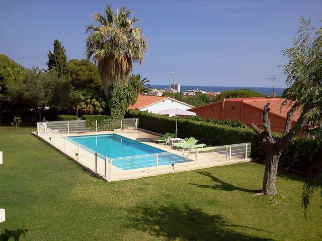 Casa con vistas al mar y jardín - Coma-ruga, El Vendrell - Casa