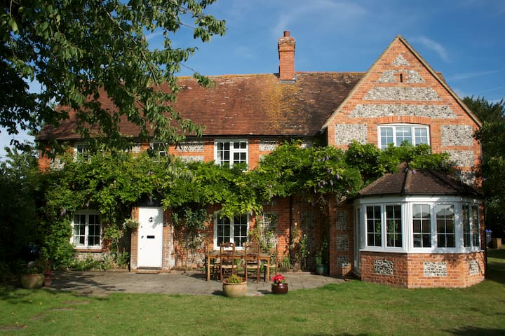 Red Cottage, Wiltshire - Newton Tony - Casa