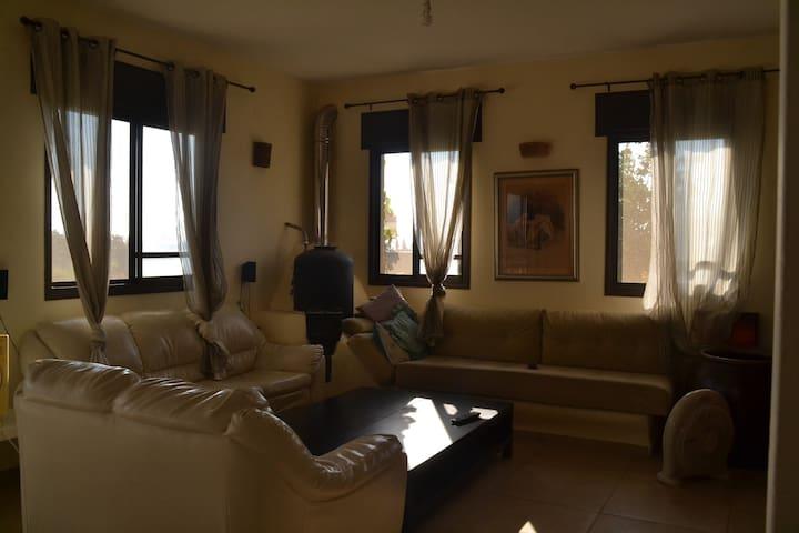 cozy house w/amazing sea view 120m - Gesher HaZiv - Daire