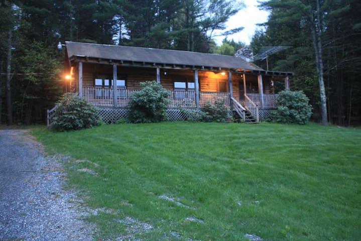The Log Cabin at Hidden Valley Farm - Wells - Casa