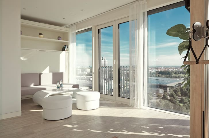 Exclusive (SENSITIVE CONTENTS HIDDEN)nthouse - 19th Floor - Munich - Loft