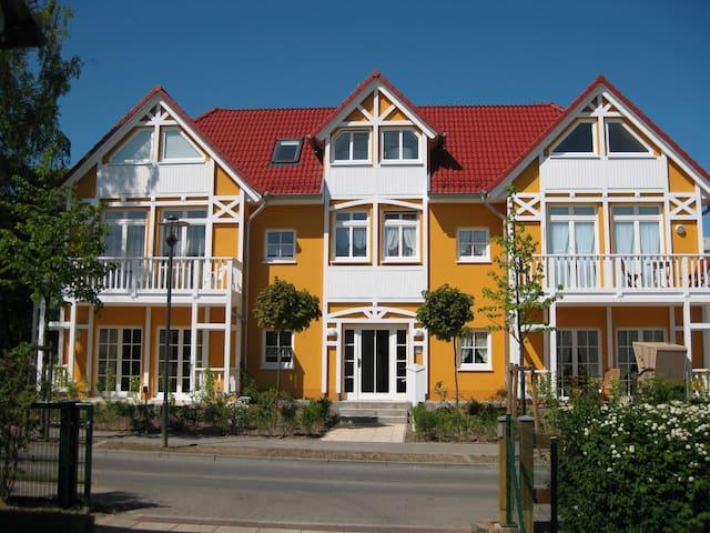Wunderschöne Ferienwohnung in Kühlungsborn - Kühlungsborn - Departamento