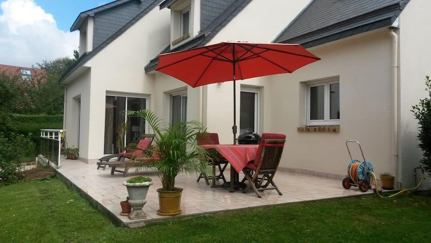Bedroom & Lounge near Etretat - Octeville-sur-Mer - Huis
