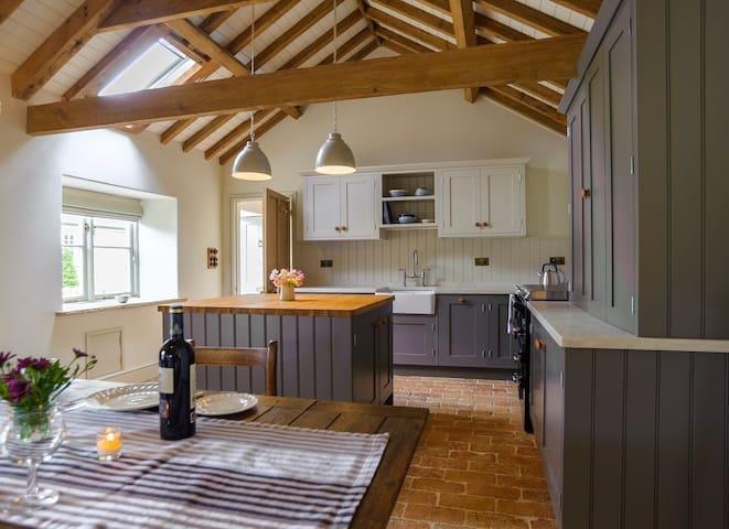 Luxury Barn - Romantic Retreat - Nr Stamford - Huis