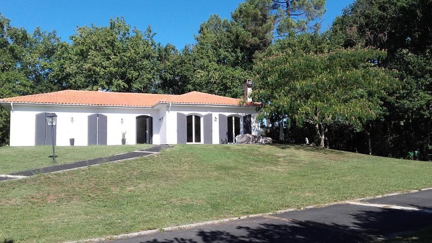 Le Guillan - Sadirac - Haus