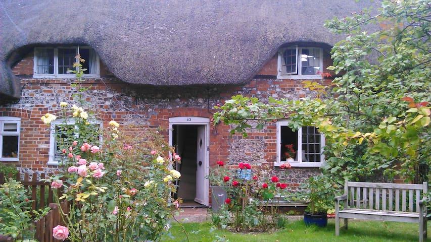 Lovely room very friendly. Andover - Abbotts Ann - Bed & Breakfast