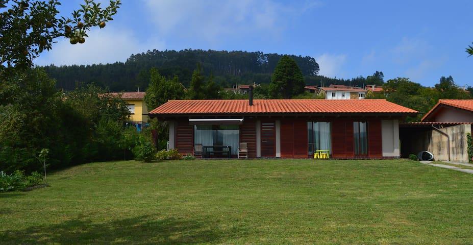 Casa con jardín en Sales, Colunga - Colunga - Hus