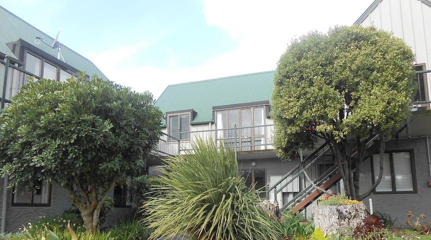 Akaroa, two bedrooms comfortable, ideal location - Akaroa - Appartamento