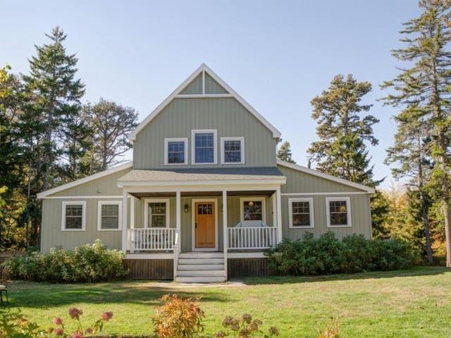 Classic Maine, Modern Comfort - Phippsburg - Ev