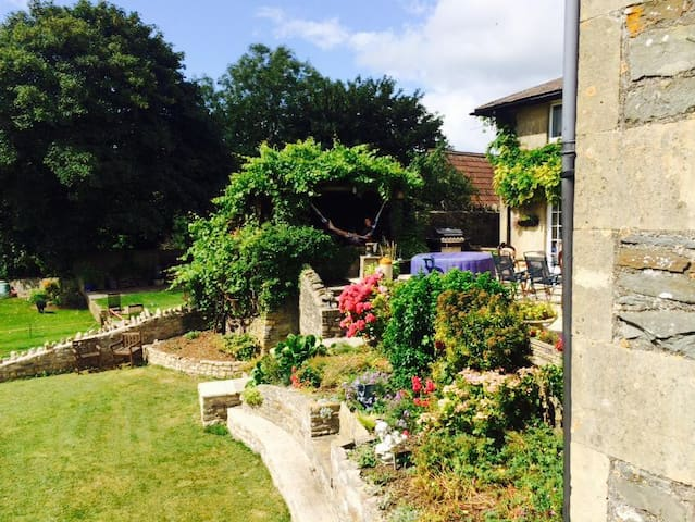 Country house  20 minutes to Bath, Bristol & Wells - clutton - Huis