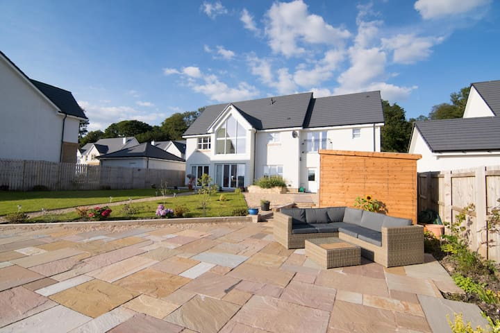Modern luxury home by the river - Dumbarton - Ev