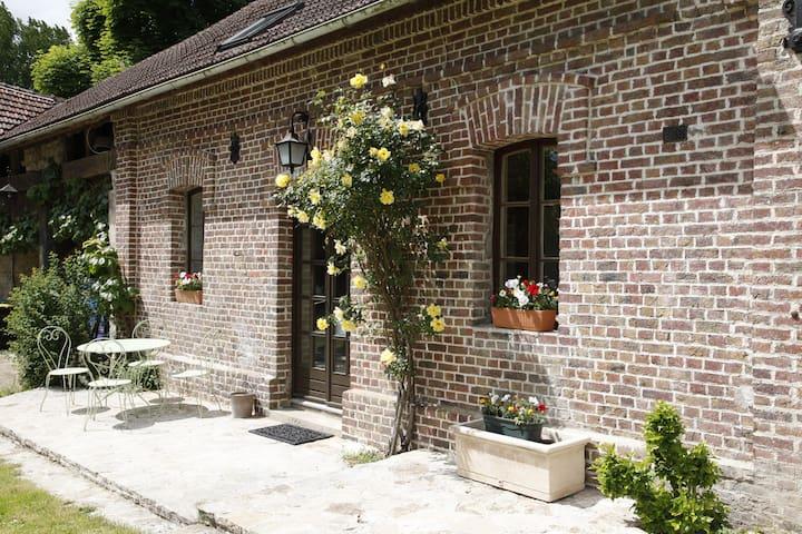 Montgresin  5min de Chantilly :  Gîte 1 - Orry-la-ville