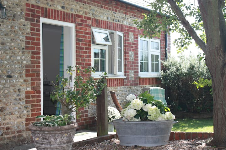 Annexe in a converted barn - Chichester - Appartement