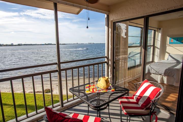 Amazing  Location! Spectacular Water Views! Wow! - St Petersburg - Villa