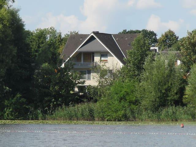 Appartement in direkter Seelage - Reinfeld - Departamento